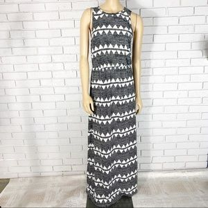 H&M Women's Black And White Zig Zag Maxi Dress